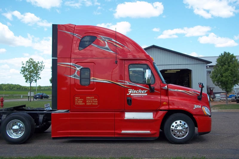 Semi truck graphics stratford sign company for Big truck lettering